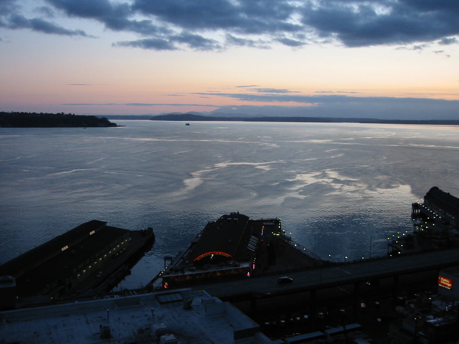 Sunset over Elliot Bay.
