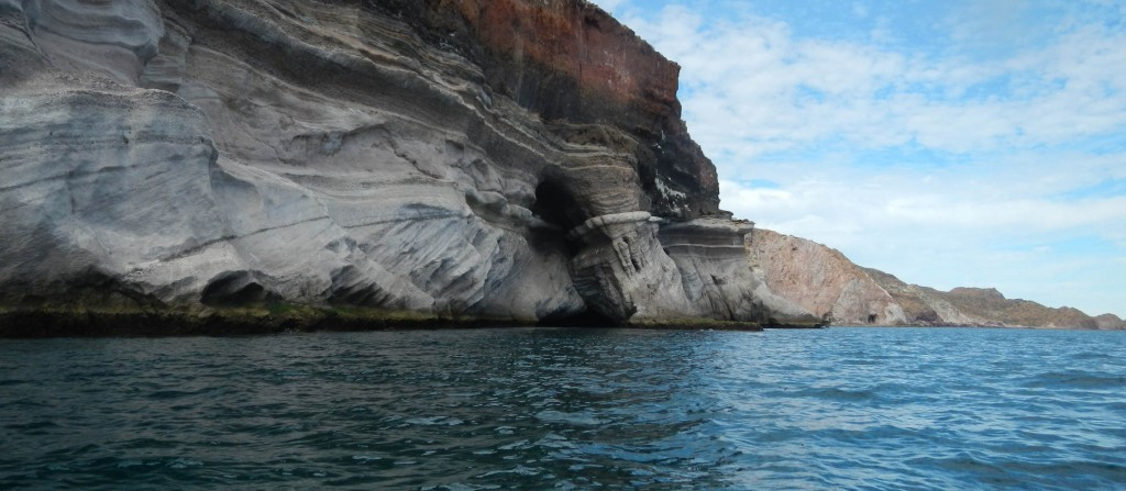 One of the big sea caves north of Punta Mangle